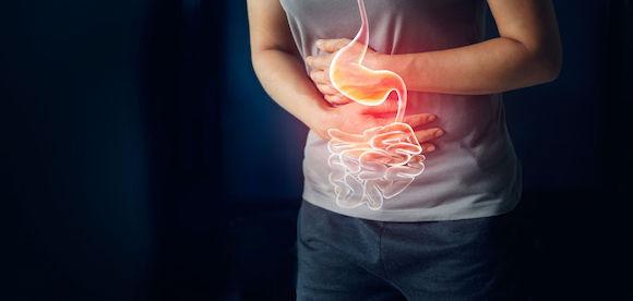 L'ostéopathie pour adoucir les symptômes de la hernie hiatale
