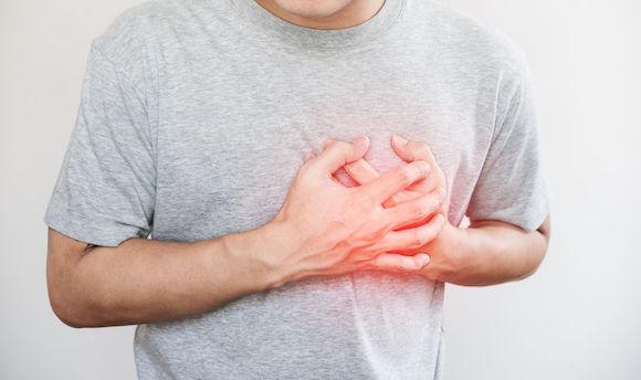 L'ostéopathe pour prendre en charge votre douleur au thorax